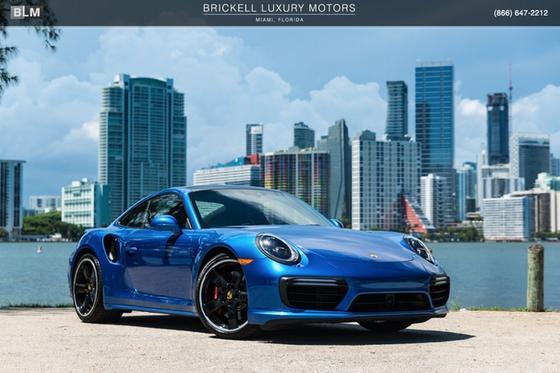 2017 Porsche 911 Turbo:24 car images available
