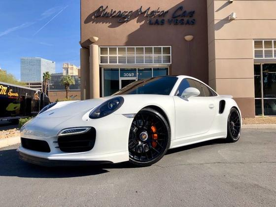 2015 Porsche 911 Turbo:24 car images available