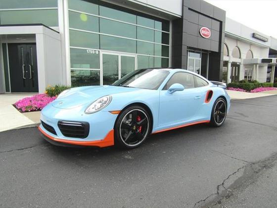 2017 Porsche 911 Turbo:23 car images available