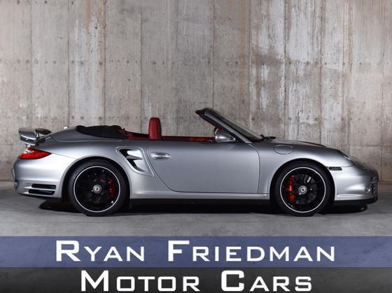 2010 Porsche 911 Turbo : Car has generic photo