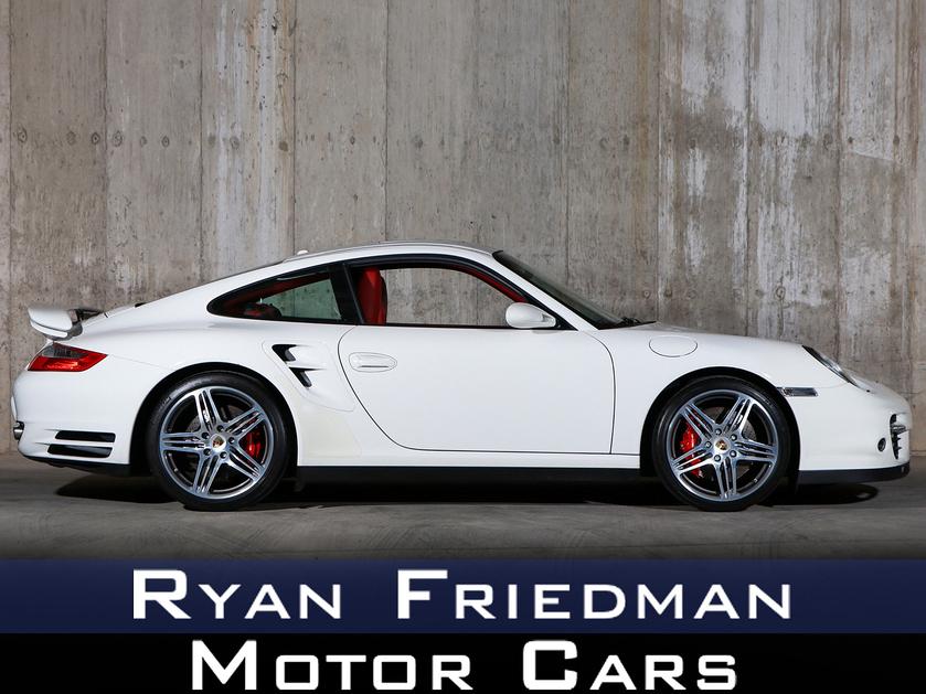 2009 Porsche 911 Turbo:24 car images available