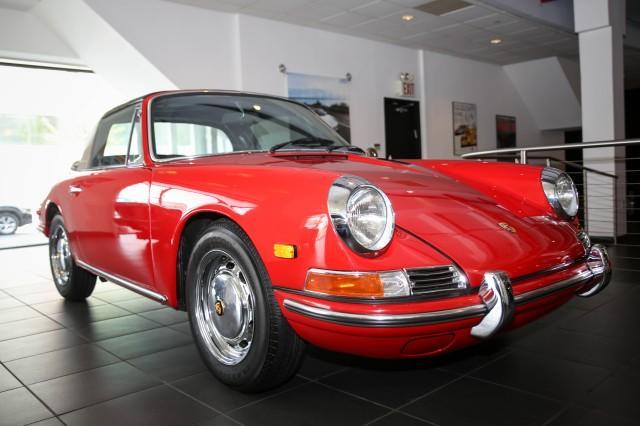 1968 Porsche 912 Targa:17 car images available