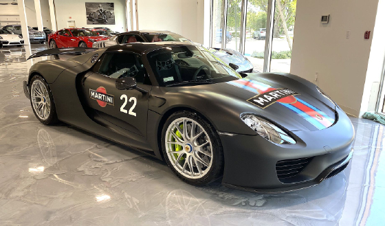 2015 Porsche 918 Spyder:8 car images available