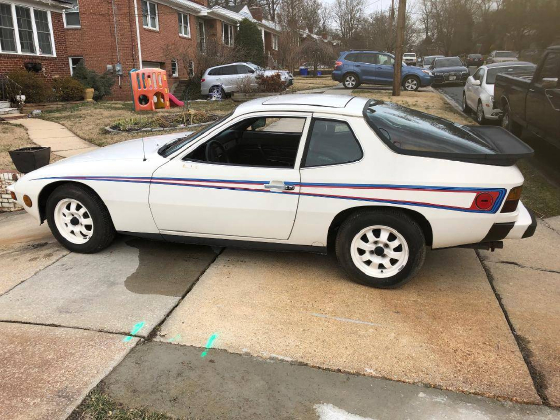 1977 Porsche 924 Martini Edition:9 car images available