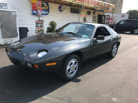 1979 Porsche 928 :10 car images available