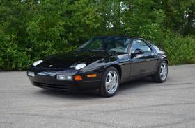 1993 Porsche 928 GTS:24 car images available