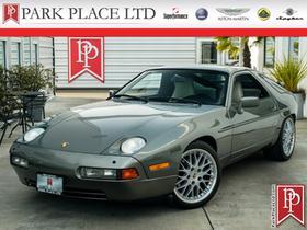 1987 Porsche 928 S4:24 car images available
