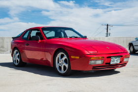 1986 Porsche 944 :9 car images available