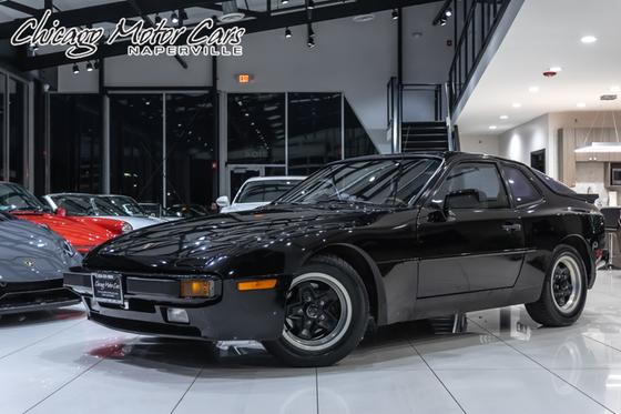 1983 Porsche 944 :24 car images available