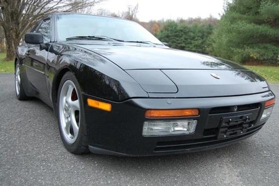 1989 Porsche 944 Turbo S:5 car images available