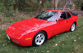 1986 Porsche 944 Turbo:5 car images available