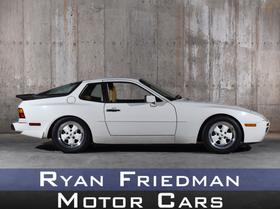 1986 Porsche 944 Turbo:24 car images available