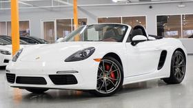 2017 Porsche Boxster :24 car images available