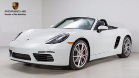2018 Porsche Boxster 718:24 car images available