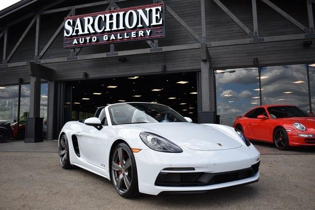 2018 Porsche Boxster GTS:24 car images available