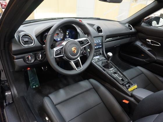 2021 Porsche Boxster S
