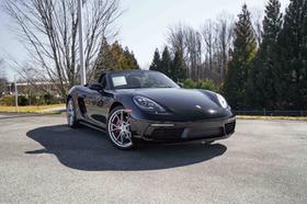 2018 Porsche Boxster S:24 car images available