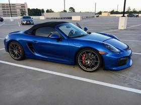 2016 Porsche Boxster Spyder:14 car images available