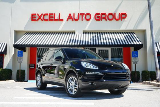 2014 Porsche Cayenne :24 car images available