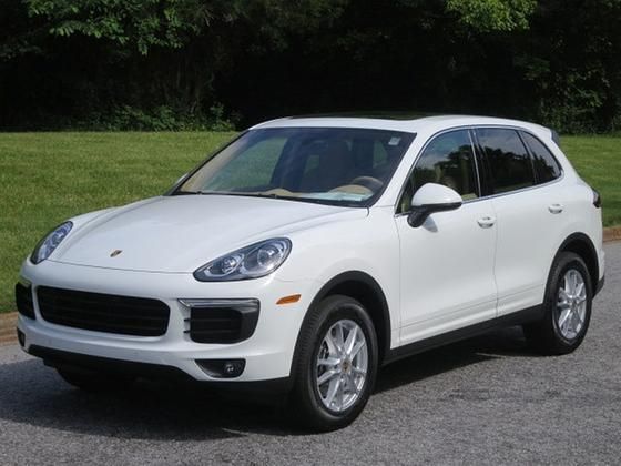 2017 Porsche Cayenne :24 car images available