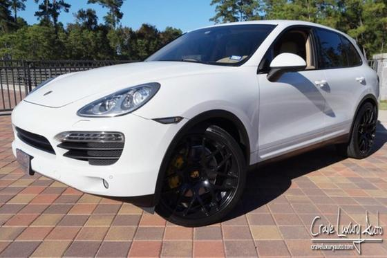 2013 Porsche Cayenne :24 car images available