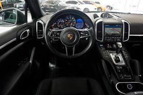 2016 Porsche Cayenne