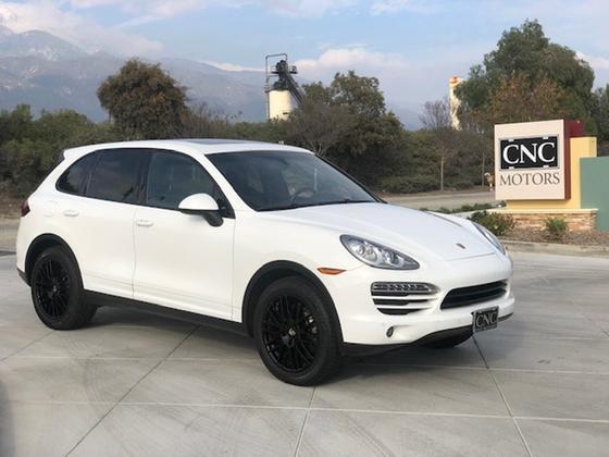 2013 Porsche Cayenne :24 car images available