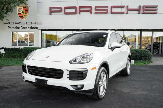 2016 Porsche Cayenne :24 car images available