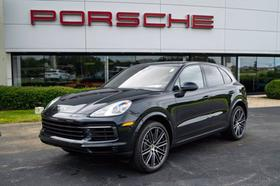 2020 Porsche Cayenne :24 car images available