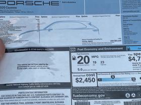 2020 Porsche Cayenne  : Car has generic photo