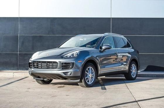 2016 Porsche Cayenne Diesel:18 car images available