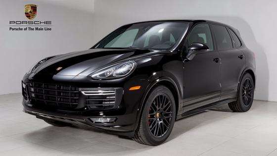 2017 Porsche Cayenne GTS:24 car images available