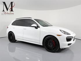 2014 Porsche Cayenne GTS:24 car images available