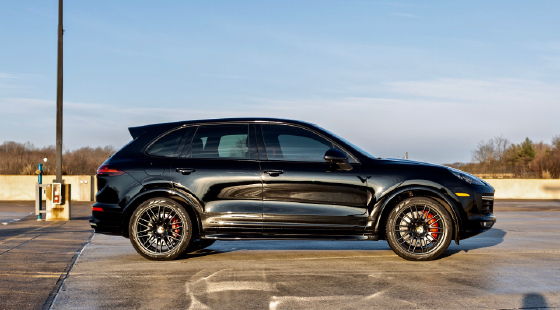 2017 Porsche Cayenne GTS:12 car images available