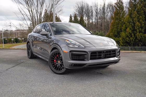 2021 Porsche Cayenne GTS:24 car images available