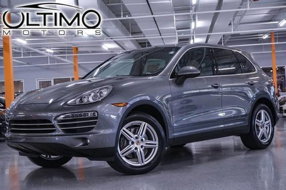 2014 Porsche Cayenne Platinum Edition:24 car images available