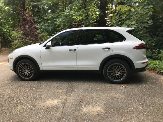 2017 Porsche Cayenne Platinum Edition:12 car images available