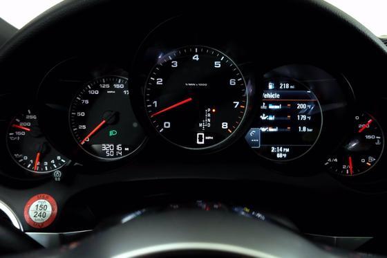 2018 Porsche Cayenne Platinum Edition