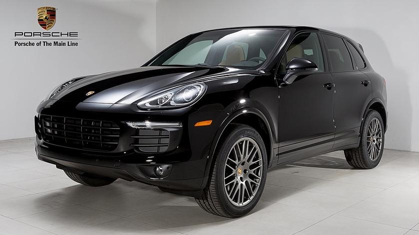 2017 Porsche Cayenne Platinum Edition:24 car images available