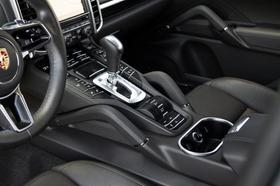 2016 Porsche Cayenne S E-Hybrid