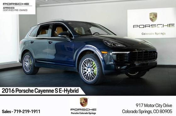 2016 Porsche Cayenne S E-Hybrid:24 car images available