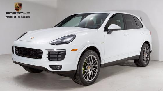 2017 Porsche Cayenne S Hybrid:24 car images available