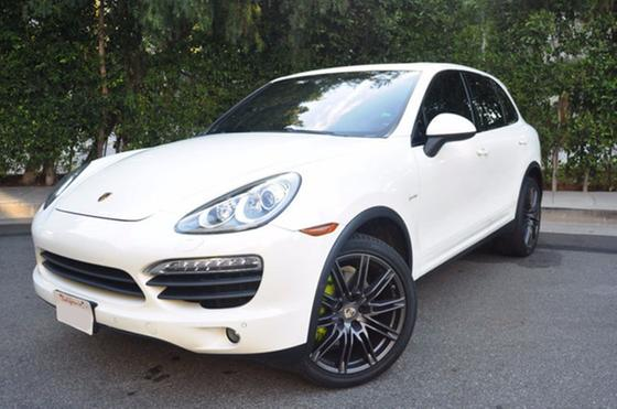 2011 Porsche Cayenne S Hybrid:24 car images available