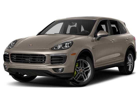 2017 Porsche Cayenne S Hybrid : Car has generic photo