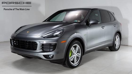 2016 Porsche Cayenne S Hybrid:23 car images available