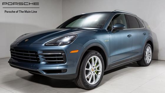 2019 Porsche Cayenne S Hybrid:24 car images available