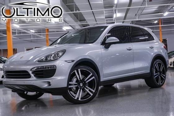 2012 Porsche Cayenne S:24 car images available