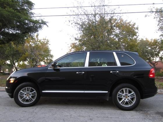 2009 Porsche Cayenne S:15 car images available