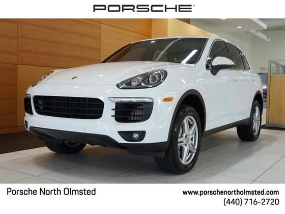 2016 Porsche Cayenne S:24 car images available