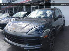 2019 Porsche Cayenne S:8 car images available